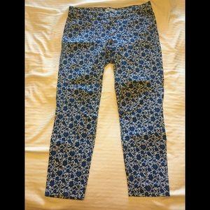 Old Navy size 8 pixie pants